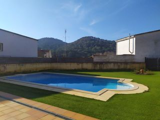 Apartment in Sant Iscle de Vallalta. Zona comunitaria con piscina