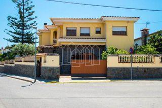 Casa in Premià de Dalt. Casa de lujo con vistas al mar!