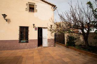 Casa in Premià de Dalt. Masía del 1900 reformada en 2000...