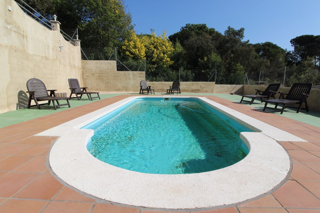 Casa Lloret norte. Con piscina y mucha intimidad !!