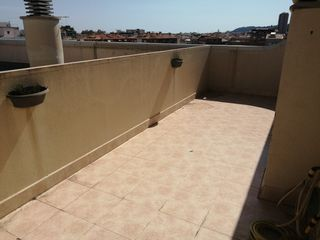Apartment in Carrer garbi, 95. Atico con terraza a nivel