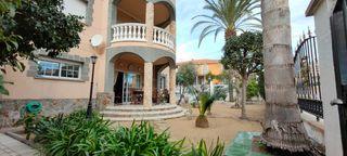 Casa en Can Moré-Santa Anna. Casa clasica con gran terreno