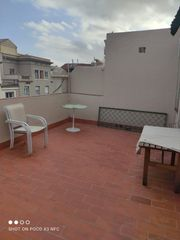 Rent Penthouse  Carrer corsega. Disponible atico con terraza