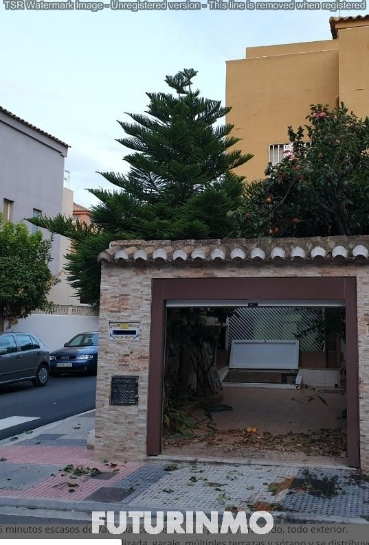Semi detached house in Urbanizacon alfalares, 1. Adosado alfafar