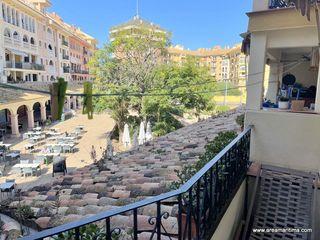 Pis  Major - port saplaya. Plaza mayor de  port saplaya