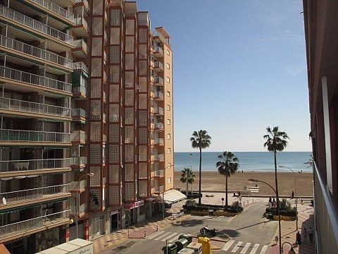 Appartement  Playa de san antonio 1ª línea oportunidad!!!!. Apto 2 dorm con vistas al mar!!!