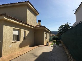 Chalet  Calle dels cavallets. Ideal!!!!!