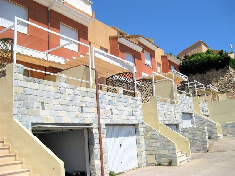 Fachada. Semi detached house in carretera subida santuario in Cullera