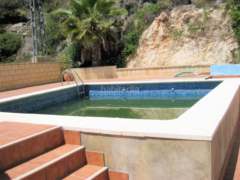 Piscina. Semi detached house in carretera subida santuario in Cullera