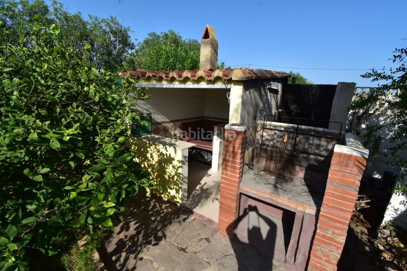Barbacoa. Chalet with fireplace parking pool in El Faro-el Dossel Cullera