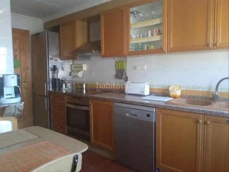Cocina. Semi detached house with fireplace parking pool in Cullera