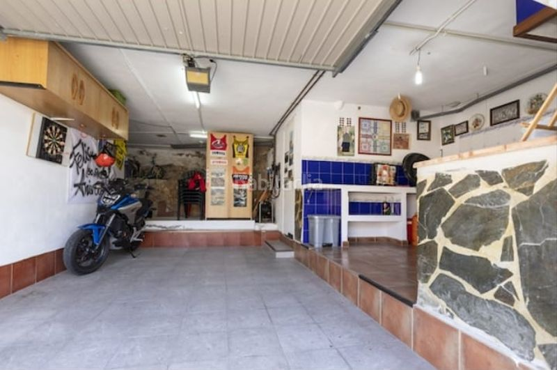 Trastero. Semi detached house with fireplace parking pool in Cullera