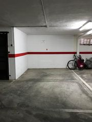 Car parking in Assagador, 27. Amplio garaje en daimuz