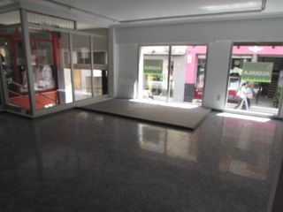 Rent Business premise in San pascual, 13. Local comercial en centro histórico de gandia