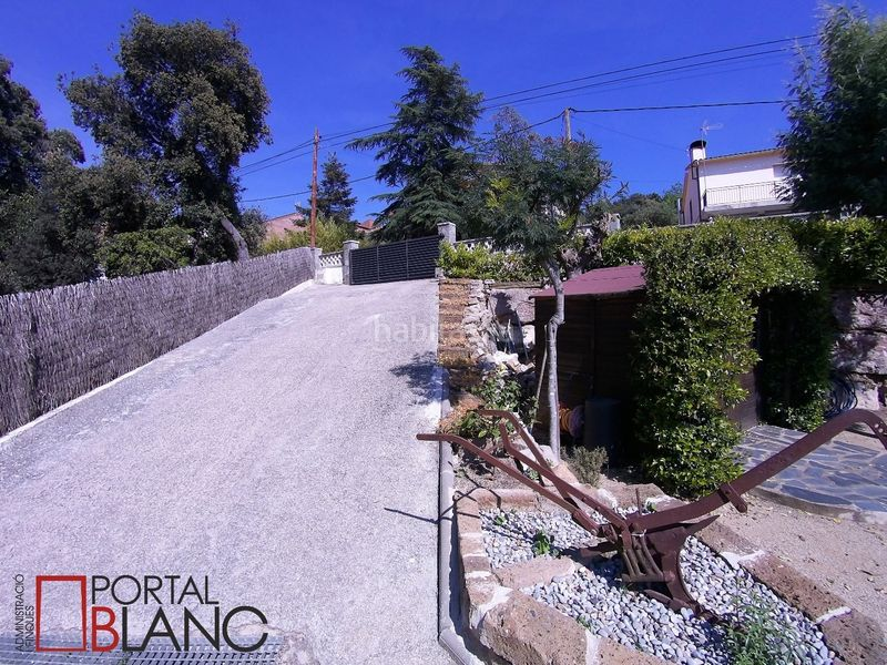 Entrada. House with fireplace heating parking pool in Ametlla del Vallès (L´)