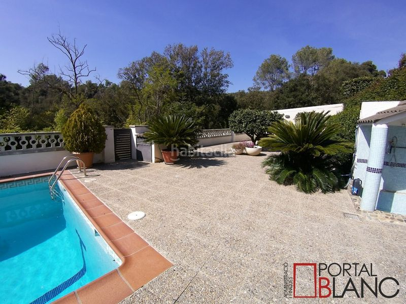 Piscina. House with fireplace heating parking pool in Ametlla del Vallès (L´)