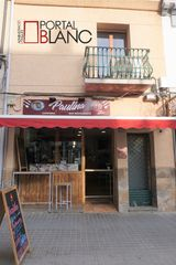 Transfer Bar in Carrer francesc macia, 27. Bar en calle principal al centro