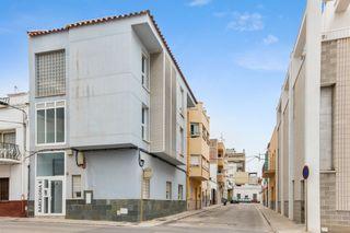 Appartement dans Carrer barcelona (de), 8. Sant carles de la rapita - barce