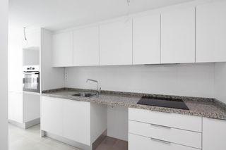 Penthouse in Calle manuel broseta, 39. Obra nueva. New building