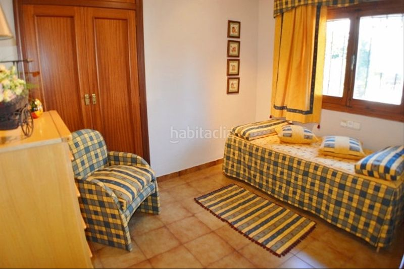 DORMITORIO. Chalet with fireplace heating parking pool in Monasterios-Alfinach Puçol