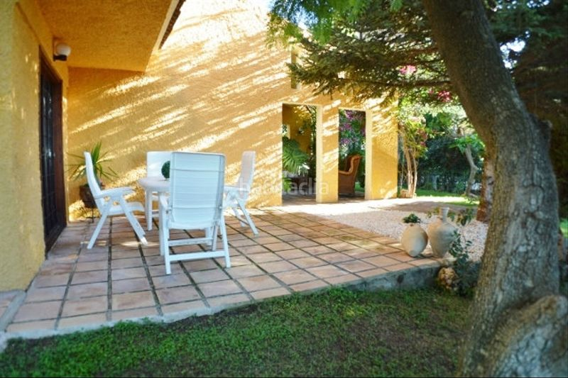 TERRAZA. Chalet with fireplace heating parking pool in Monasterios-Alfinach Puçol