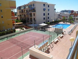 Location Appartement à Canet d´en Berenguer. Tercero con 2 habitaciones, amueblado, ascensor y parking