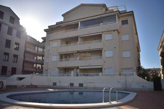 Location Appartement à Canet d´en Berenguer. Primero con 3 habitaciones, amueblado, ascensor, parking y pisci