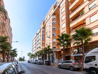 Etagenwohnung  Avenida alemania-italia. Vivienda en venta
