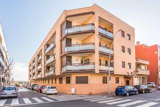 Flat  Onze de setembre. Promoción de tipologias vivienda garaje en venta alcarras lleida. New building