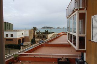 Apartamento Carrer Gerani. Vistas al mar y a la montaña
