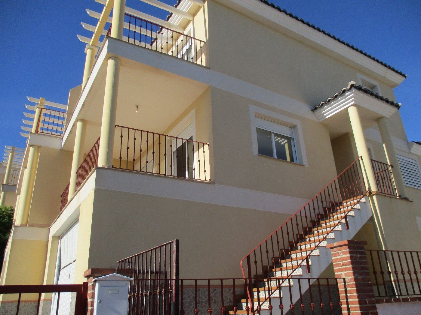 Semi detached house in Avenida suiza, 5. Adosado en venta
