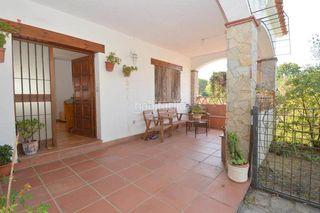 Casa en Caldes de Malavella. Casa con 3 habitaciones, parking, piscina y jardín