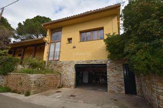 Casa en Begur. Casa con 4 habitaciones, parking y calefacción