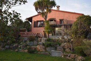 Casa en Caldes de Malavella. Casa con 3 habitaciones, parking, piscina, calefacción y jardín