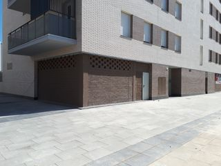 Local Comercial en Carrer Narcis Monturiol, 131