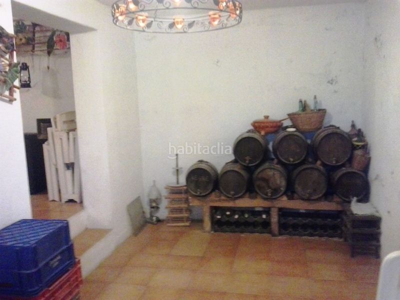 Bodega. Country house with fireplace parking pool in Valls