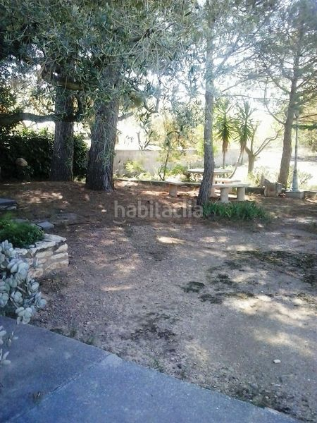 detalles finca. Country house with fireplace parking pool in Valls