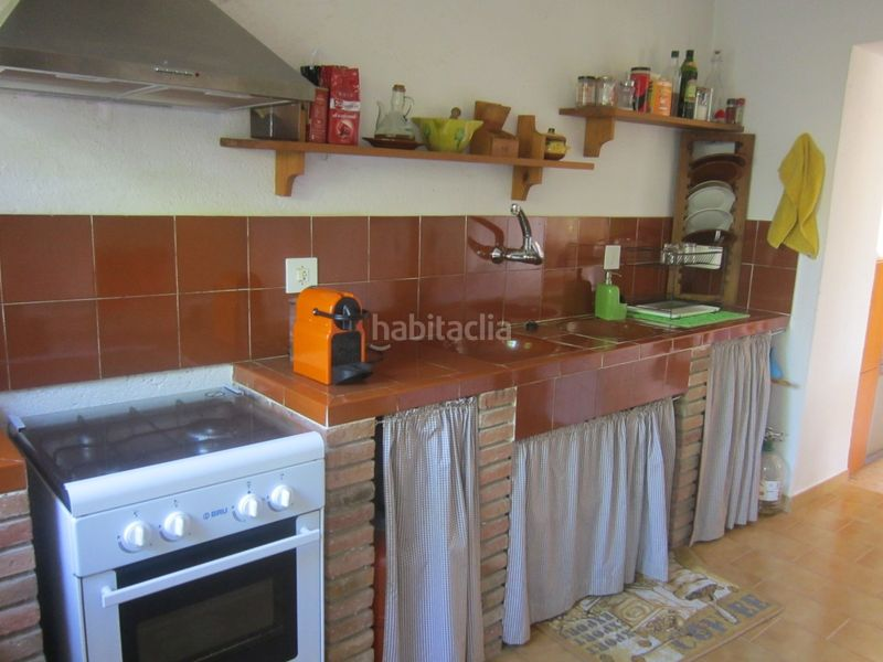 cocina rústica. Country house with fireplace parking in Valls