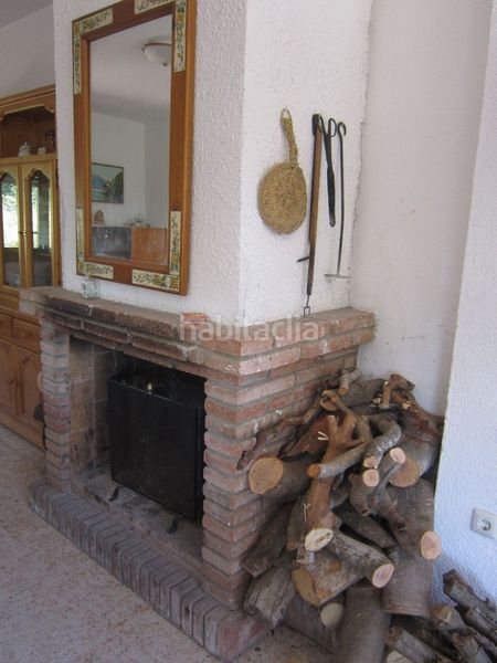 detalles. Country house with fireplace parking in Valls