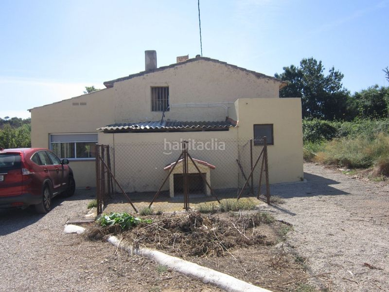 fachada. Country house with fireplace parking in Valls