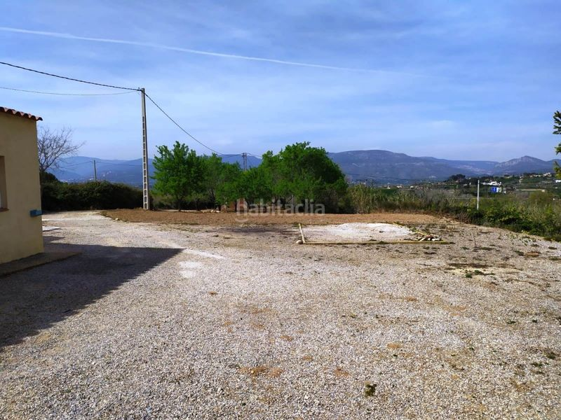 jardin. Country house with fireplace parking in Valls