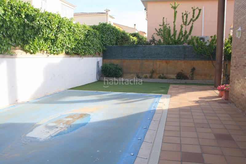 PISCINA DE AGUA SALADA. House with heating parking pool in Els Grecs-Mas Oliva Roses