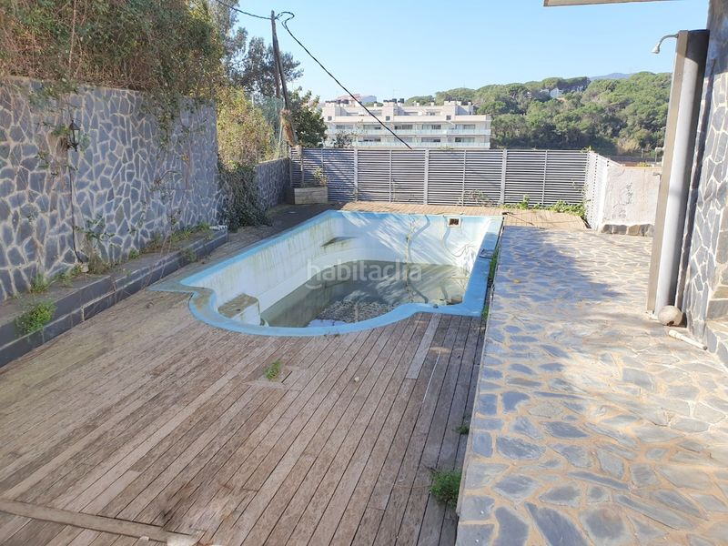 Piscina. Haus mit kamin heizung parking pool in Centre Arenys de Mar