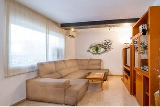 Flat in Carrer Tomas I Milans