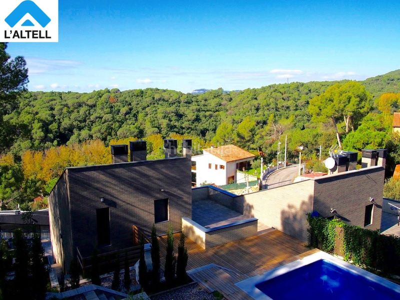Foto 9199-img1965683-9414427. Semi detached house with fireplace heating parking pool in Ametlla del Vallès (L´)