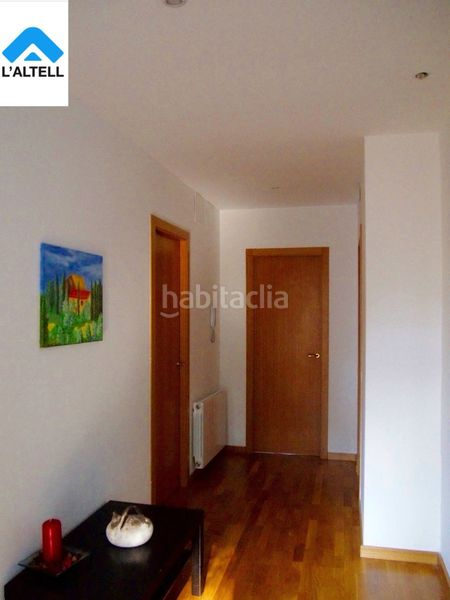 Habitación. Semi detached house with fireplace heating parking pool in Ametlla del Vallès (L´)