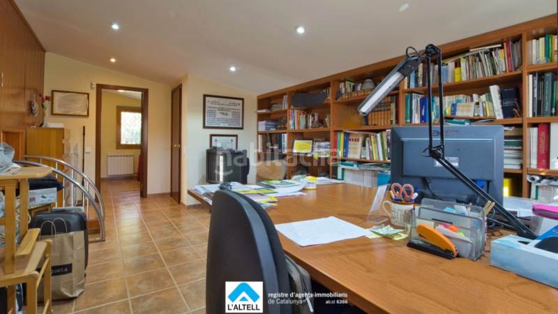 Buhardilla. House with fireplace heating parking pool in Ametlla del Vallès (L´)