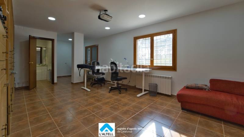 Sala. House with fireplace heating parking pool in Ametlla del Vallès (L´)
