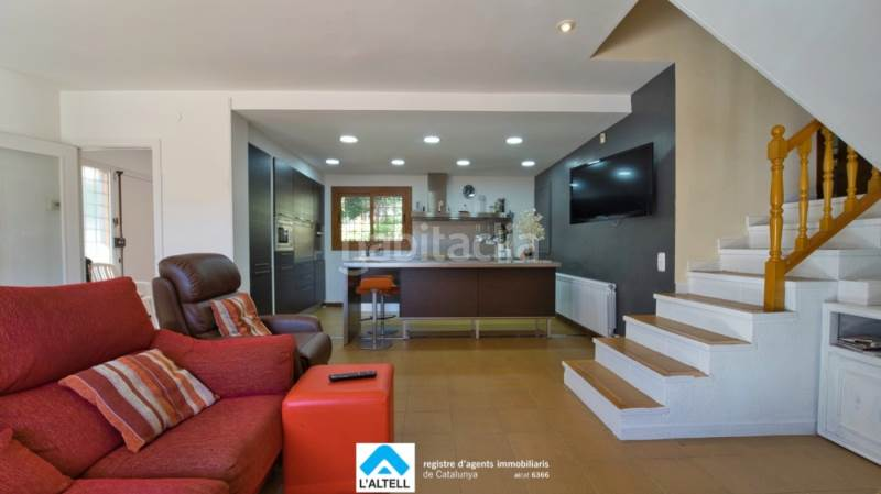 Salón - Cocina. House with fireplace heating parking pool in Ametlla del Vallès (L´)
