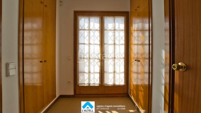 Vestidor. House with fireplace heating parking pool in Ametlla del Vallès (L´)
